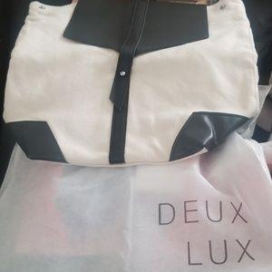 Deux Lux
